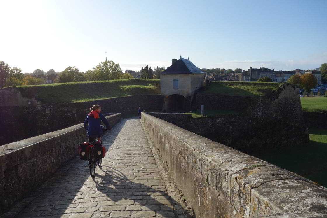 https://hicle.nl/images/fietsblogs/gironde/citadel-blaye.jpg