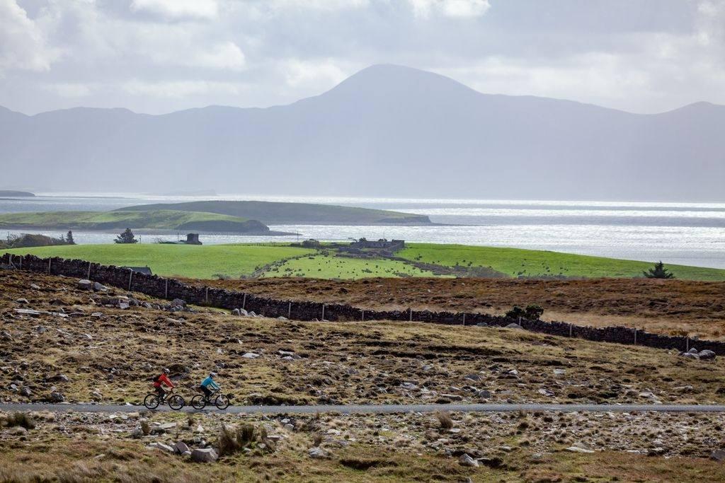 fietsers-overzicht-greenway-ierland.jpg