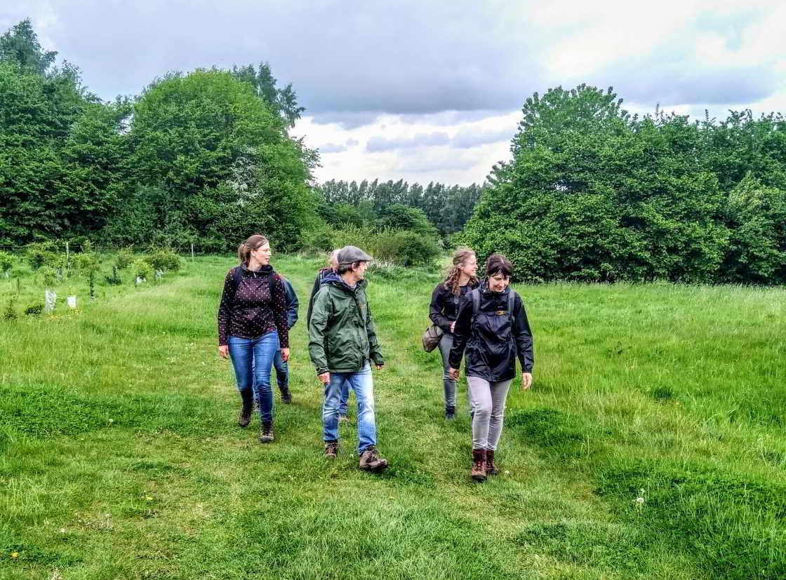 groep wandelaars met Geert De Kockere